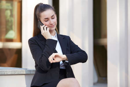 pretty businesswoman - urban environment Reklamní fotografie