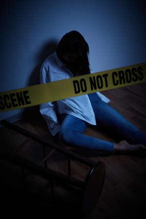 crime scene - woman lying dead on the floor Archivio Fotografico
