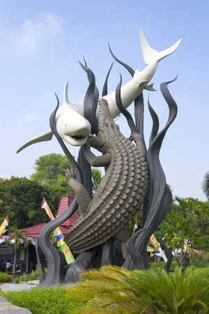 Suro (shark) and Boyo (crocodile) Statue, a monument that represents the city of Surabaya, Indonesia Stock Photo