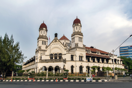 """Lawang Sewu """"Portes Mille"""" est un point de repère à Semarang, Central Java, en Indonésie, construit comme le siège de la Compagnie des chemins de fer Indes néerlandaises."""