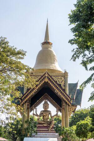 Statue de Bouddha à quatre faces à Surabaya Banque d'images