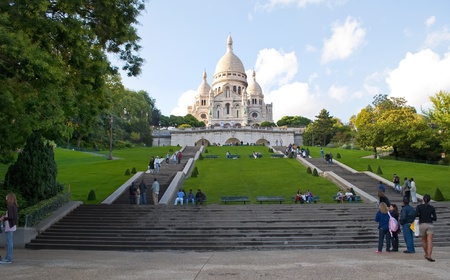 sacred heart: PARIS, FRANCE-SEPTEMBER 9: Unidentified people visiting the monument of the Sacr� C?ur on September 9, 2010 in Paris, France.  The first stone was laid in 1875 and was completed in 1914 but not consecrated until the end of World War I in 1919