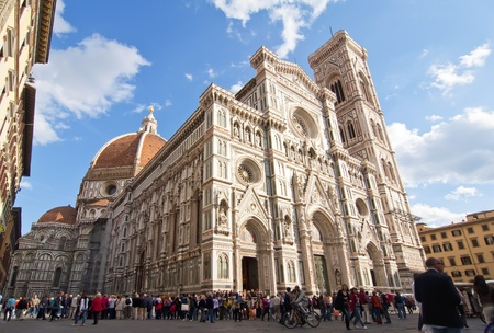 concluded: FLORENCE, ITALY-OCTOBER 19: A view of the Basilica of Santa Maria del Fiore on October 19, 2011 in Florence, Italy  Goticorenacentista style is its construction began in 1296 and concluded in 1418
