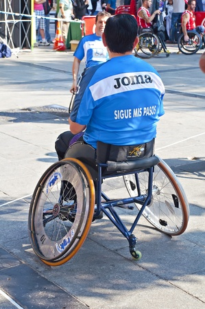 TOLEDO, SPAIN, OCTOBER 1: Some unidentified people playing a friendly game of wheelchair basketball Stock Photo - 11542347