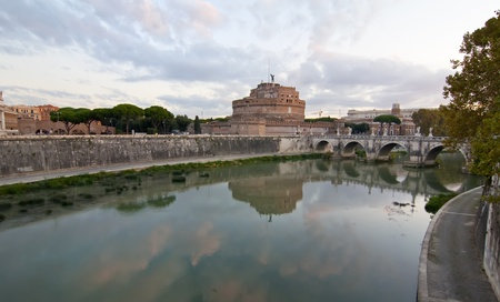 caudal: Tiber River as it passes through the castle and bridge of The Sant
