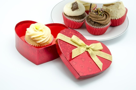 fancy sweet box: Cupcakes with a heart shaped box
