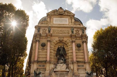 PARIS, France - OCTOBER 20, 2017: Saint Michel fountain. Saint-Michel is a public square in the Latin Quarter. Éditoriale