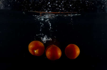 to watersplash: tomato watersplash
