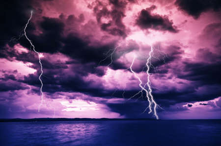 Big thunderbolt Stock Photo - 6058607