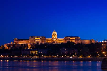 Night lights in Budapest-Hungary Stock Photo - 6938572