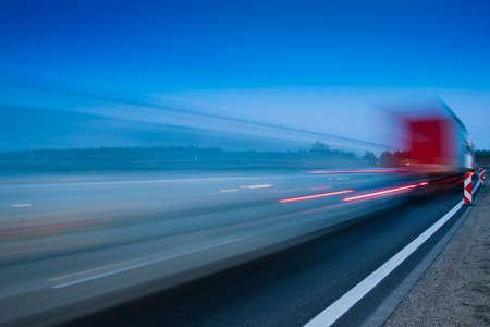 fast lane: Tr�fico por la noche