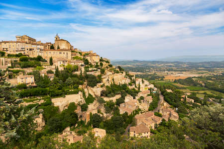 gordes: Gordes medieval village. Typical small town in Provence, Southern France. Stock Photo