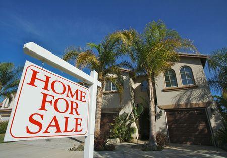 casa colonial: Inicio para firmar la venta delante de bellas nuevo hogar