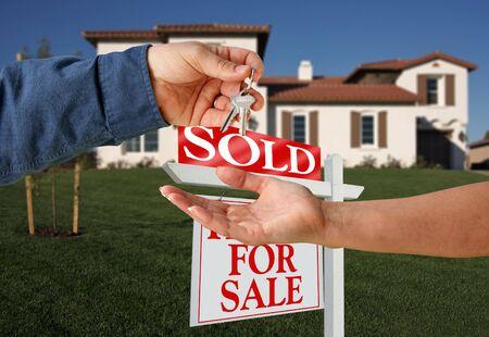 wartości: Przekazanie kluczy do nowego domu