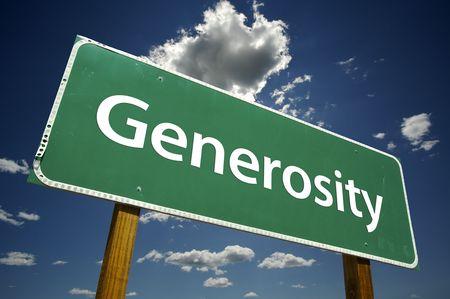 generosidad: La generosidad Road Sign dram�tica con las nubes y el cielo.
