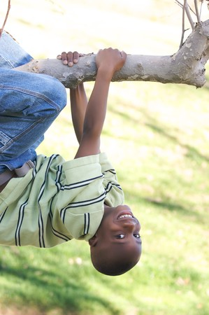 Young Boy Having Fun In The Park Banque d'images - 4127362