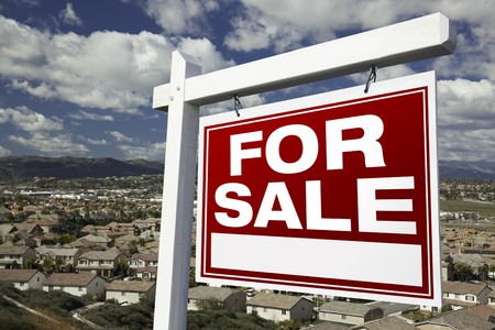 For Sale Real Estate Sign with Elevated Housing Community View - Ready for your own message. Stock Photo - 4456411