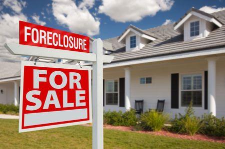 home for sale: Preclusione Home per vendita immobile Sign in cima di nuovo Parlamento - a sinistra sfacciature.