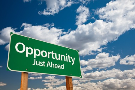 career opportunity: Opportunit�, Just Ahead Green Road Sign con Copy Room Over The Rain drammatica e Sky.
