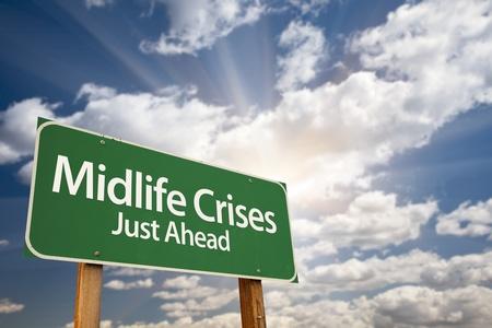 életmód: Midlife válságok csak előre Zöld út jelentkezzen drámai felhők, napsugárzás és Sky.
