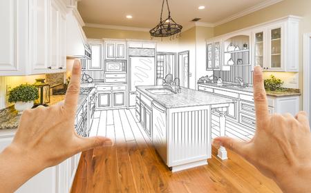 Mani Femminili Framing Custom Kitchen Design Disegno e foto Square combinazione. Archivio Fotografico