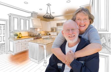 tercera edad: Pareja mayor feliz sobre el dibujo del diseño del encargo de la cocina y de la combinación de fotos. Foto de archivo