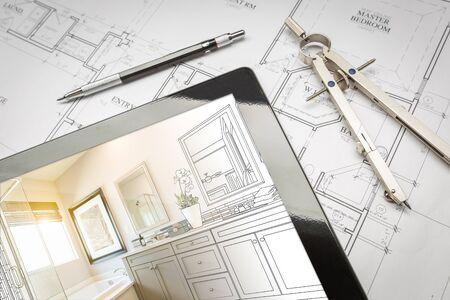 Computer-Tablet mit Vorlagenbadezimmer-Design über Hausplänen, Bleistift und Kompass.