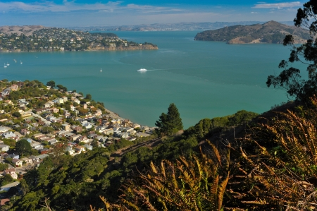 ca: The town of Sausalito, CA  USA with Richardson Bay, Belvedere and Angle Island and San Francisco Bay in the background Stock Photo