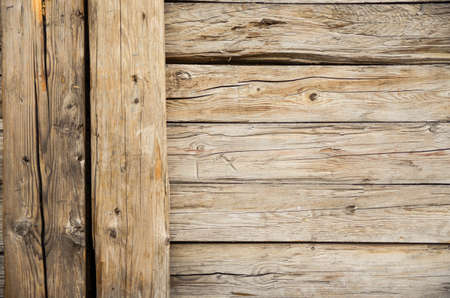 knothole: close-up of an old farm house made of wood Stock Photo