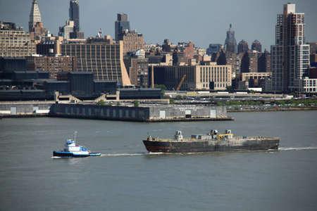 Tug and Barge Stock Photo - 4876095