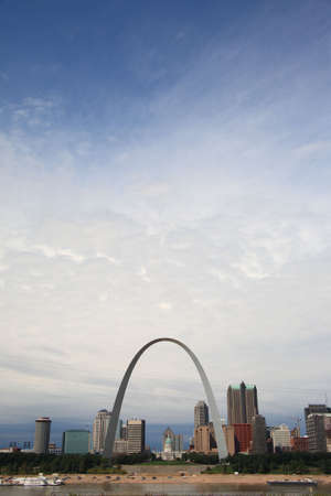 St. Louis Skyline - Gateway Arch Stock Photo - 5990881