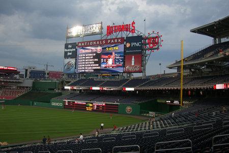 Washington, DC - 23 juni 2008: Score bord op Nationals Park voor een wed strijd tegen de Los Angeles Angels.