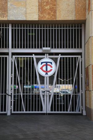 ballpark: Minneapolis, el 21 de abril de 2010: Torniquetes y las puertas del campo de destino, el nuevo estadio de casa de los mellizos de Minnesota