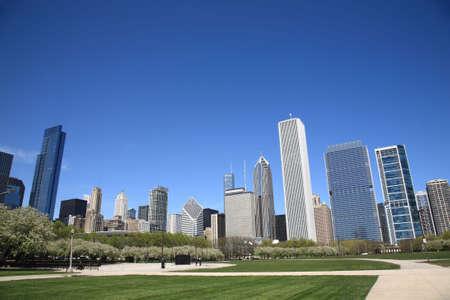 Skyline van Chicago en city park Stockfoto