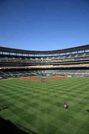 ballpark: Minneapolis, el 22 de abril de 2010: Destino Field, estadio nuevo de los Minnesota Twins  Editorial