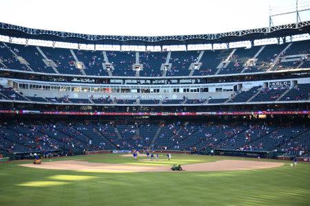 Arlington, Texas, 27 september 2010: Een late seizoen American League honkbal spel in Texas Rangers Ballpark in Arlington.
