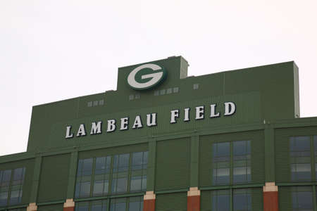 "Green Bay, Wisconsin - 23 april 2010: Historisch Lambeau Field in Wisconsin. Het NFL-stadion van Packers wordt soms de ""Frozen Tundra"" genoemd Redactioneel"