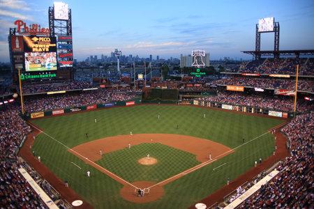 Philadelphia, Pennsylvania - 7 September 2010: Een nacht wedstrijd tegen de Florida Marlins in burger Bank Park, thuisbasis van de Phillies.