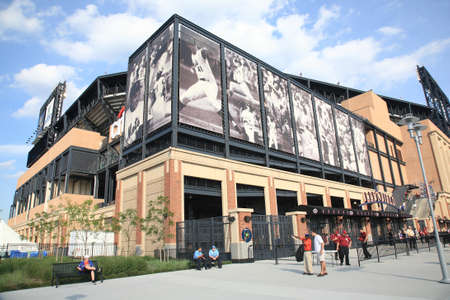 mcgraw: New York, June 23, 2010: Famous baseball players depicted at the Mets concrete and old fashioned brick Citi Field Editorial