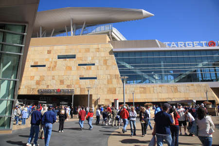 Minneapolis, April 22, 2010: Fans arrive at the brand new ballpark of the Minnesota Twins, returning outdoor baseball to the twin cities.