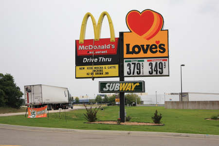 loves: Rolla, Missouri - September 11, 2008: Loves Travel Center with McDonalds and Subway Signs