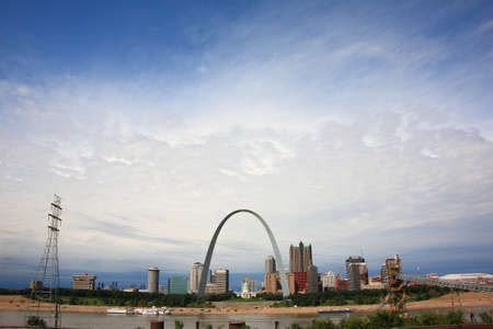 mississippi: St. Louis, Missouri - September 26, 2009: View of St. Louis and the historic Gateway Arch in Missouri, from across the Mississippi River in Illinois.