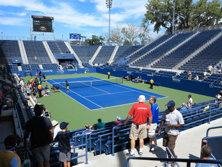 louis armstrong: Flushing, New York - September 3, 2014: Famous 6,000 seat Grandstand Court at the Billie Jean King Tennis Center. Editorial