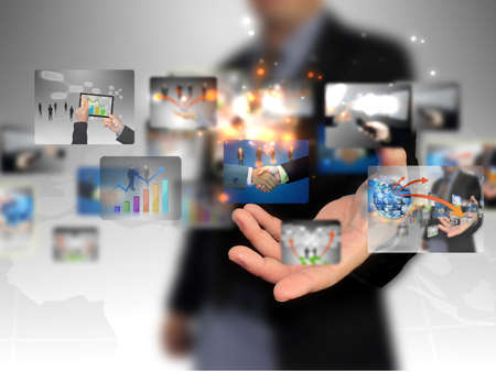 interaccion social: por las empresas titulares de la colecci�n