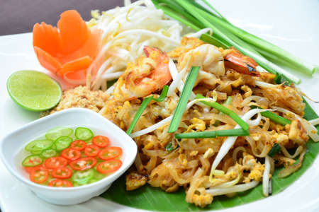 Padthai.fried noodle with shrimp  photo