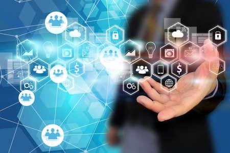 mercadeo en red: Medios de comunicaci�n social, concepto de red social. Foto de archivo