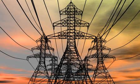 torres el�ctricas: Torres de energ�a en un fondo de cielo el�ctrico. 3D procesa la imagen. Foto de archivo