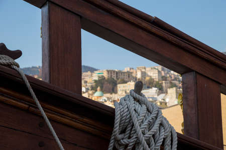 Coiled rope on board the Neptune galleon moored in Genoa, Italy and originally built to portray the Jolly Roger in a film Standard-Bild