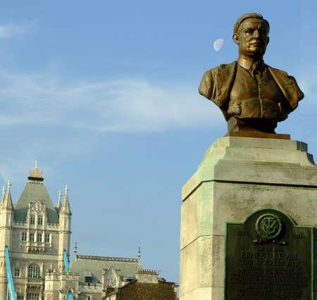 Statue on london bridge Stock Photo