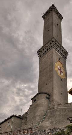 Vista del primo piano della lanterna di Genova